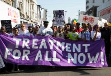 #AIDS2016: Thousands march to demand sufficient global funding and treatment for all
