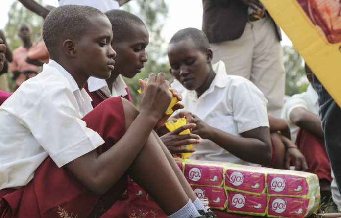 Many school learners can't afford sanitary pads. But an organisation in Rwanda is working with the country's banana farmers to change this.