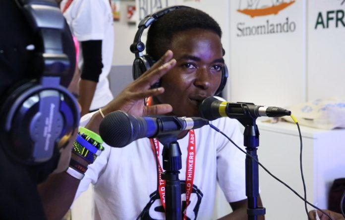 #AIDS2016: Pop-up radio booth gives voice to youth from across Africa