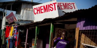 Editar Ochieng leaves a chemist in Kibera having purchased termination pills. (Kate Holt, The Guardian)