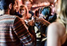 Bar scene Burst